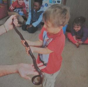 Schlange im Kindergarten